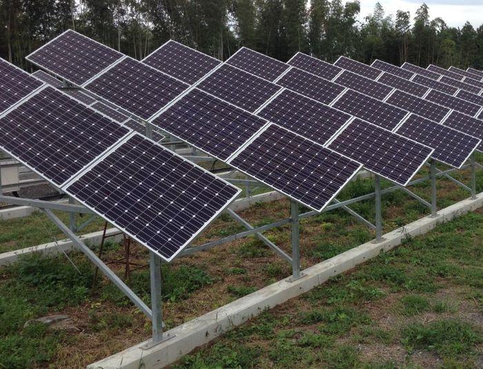 ソーラーシェアリング追尾式1軸