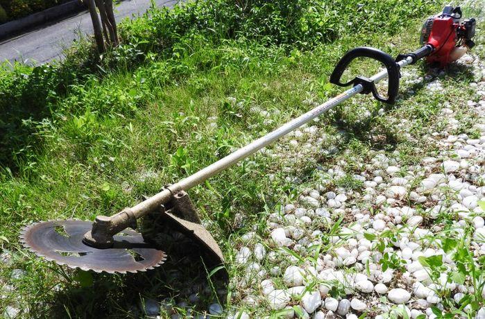 農家に必要なもの2草刈り機